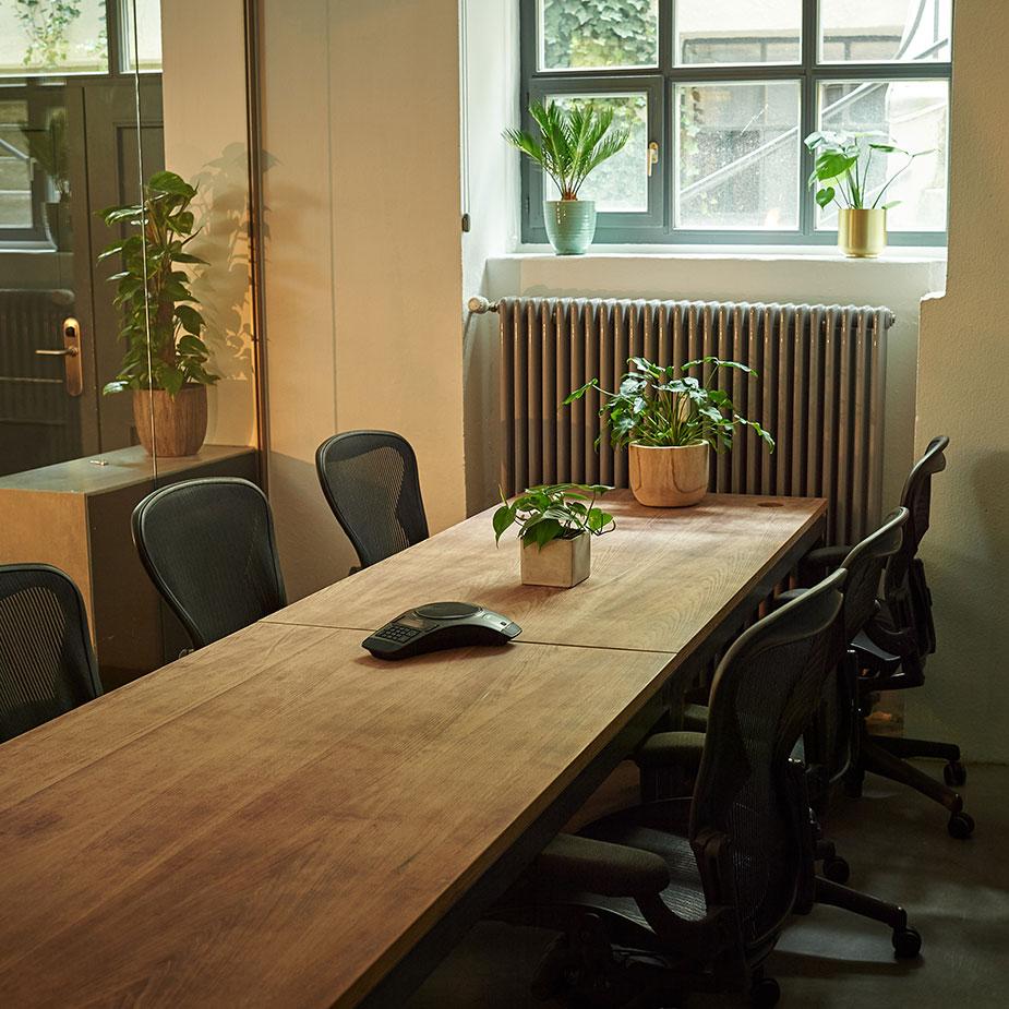 velvet space meeting room